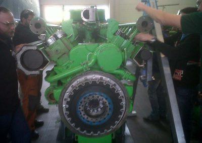 Gedolmetscht wird auch bei Gasmotoren, Jenbach 2013