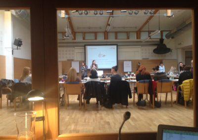 Internationaler Workshops in 10 Sprachen mit 5 Dolmetschkabinen